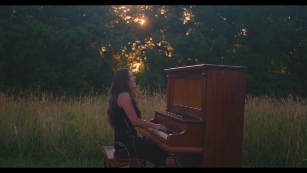 Leanna Crawford – Truth I'm Standing On (Official Music Video)